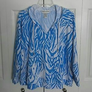 LIKE NEW!  Cathy Daniels v neck hoodie.  Size XL.